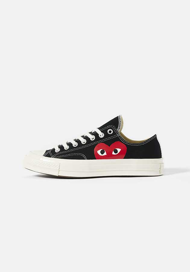 cdg play converse red heart 70s low