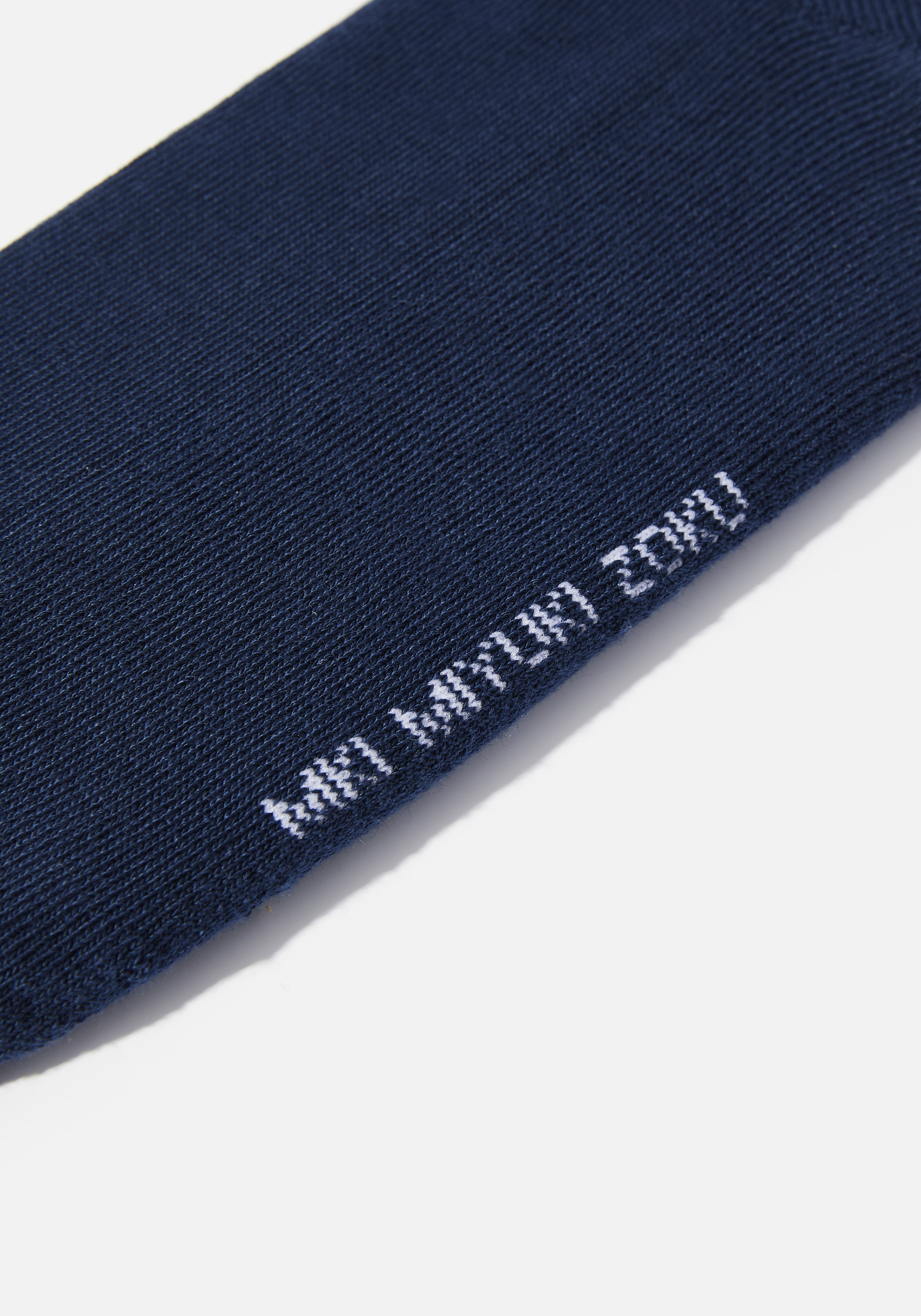 mki signature socks 4