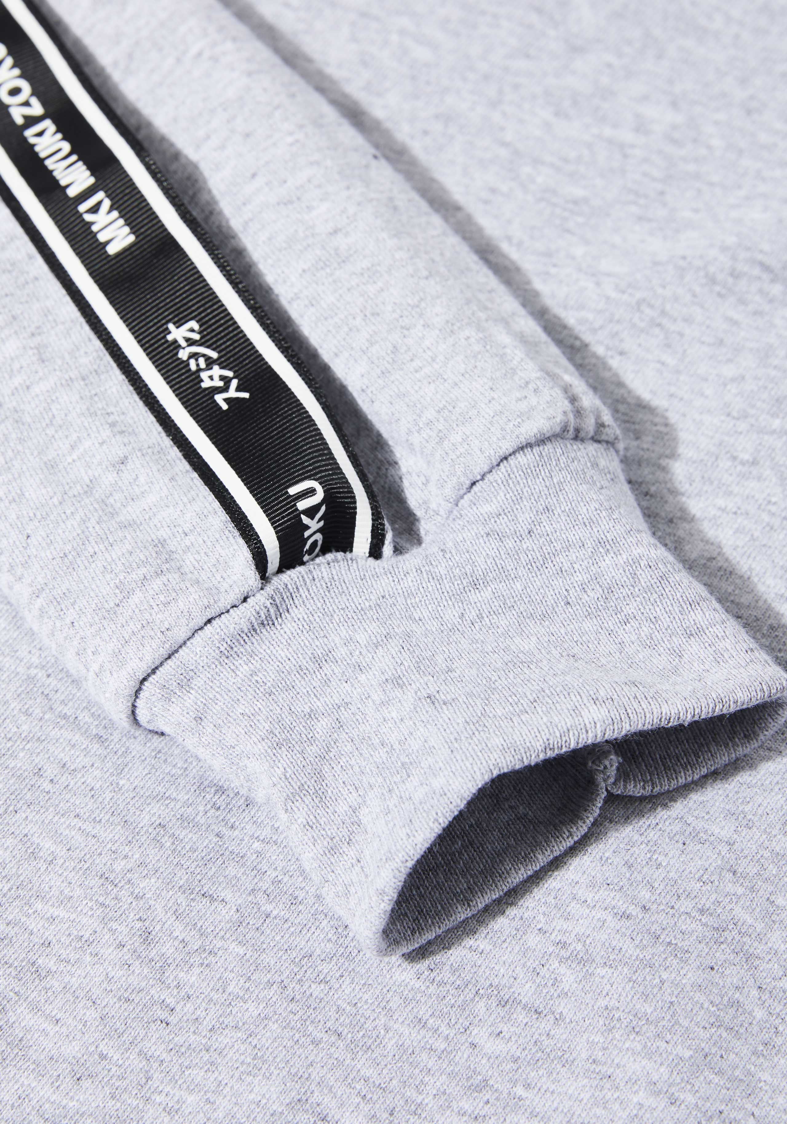 mki tape long sleeve 5