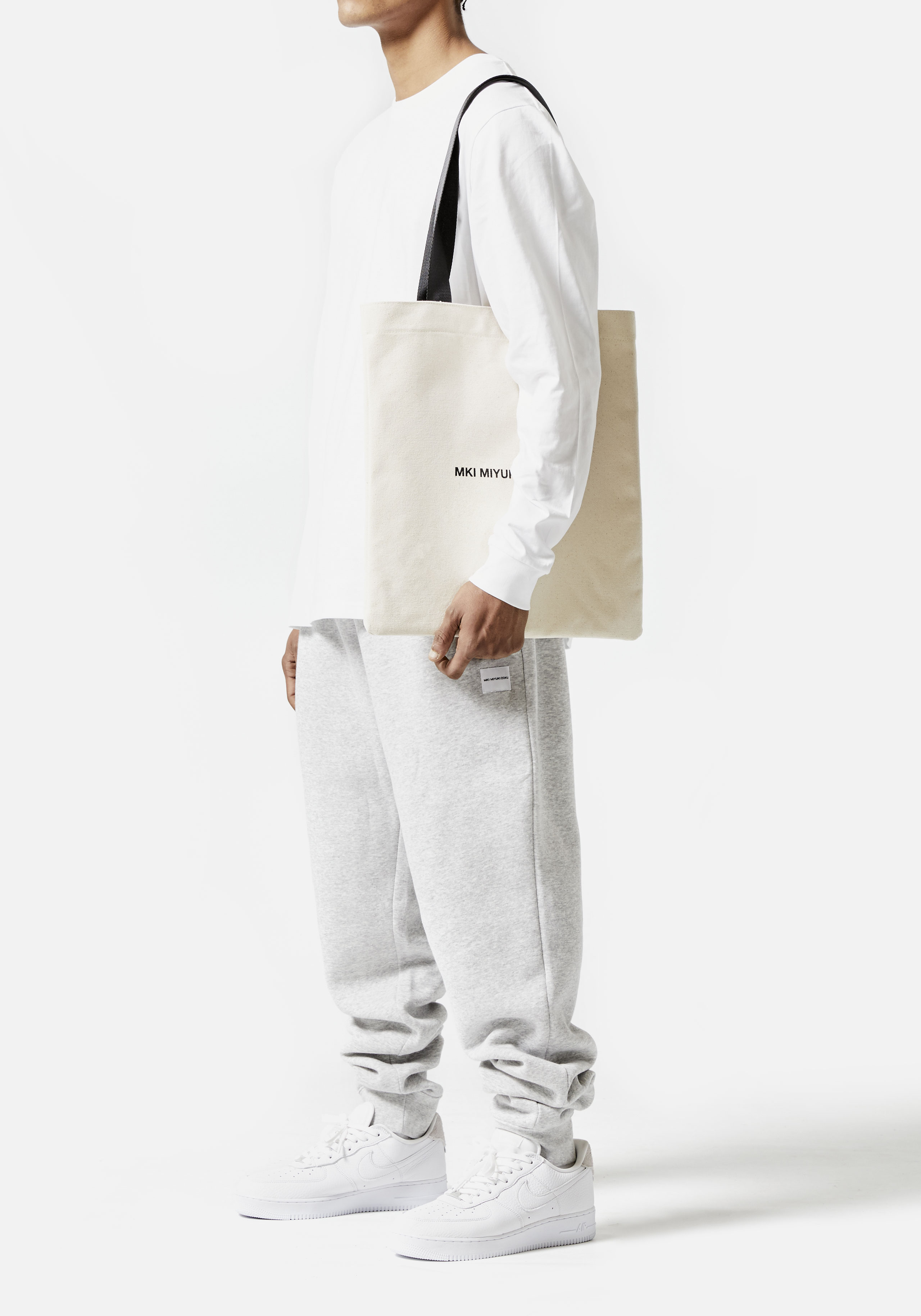 MKI CANVAS EVERYDAY TOTE BAG 4